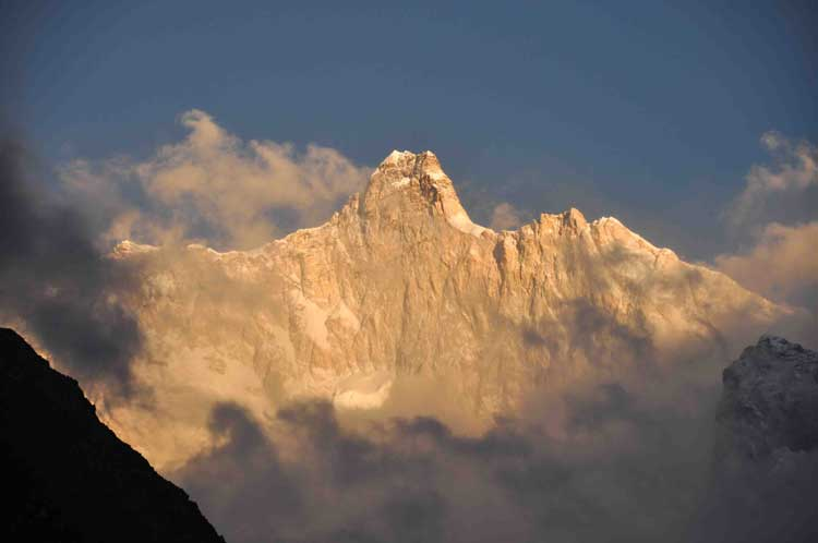 Jannu Peak Expedition Close Neighbour Of Mount Kanchenjunga