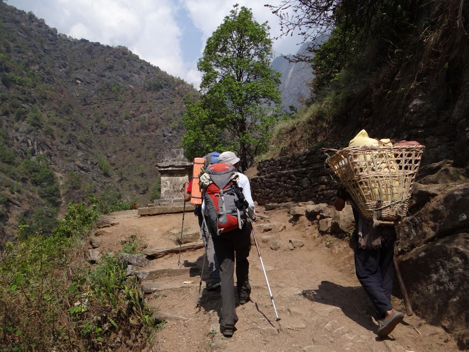 On-Way-To-Tapethok