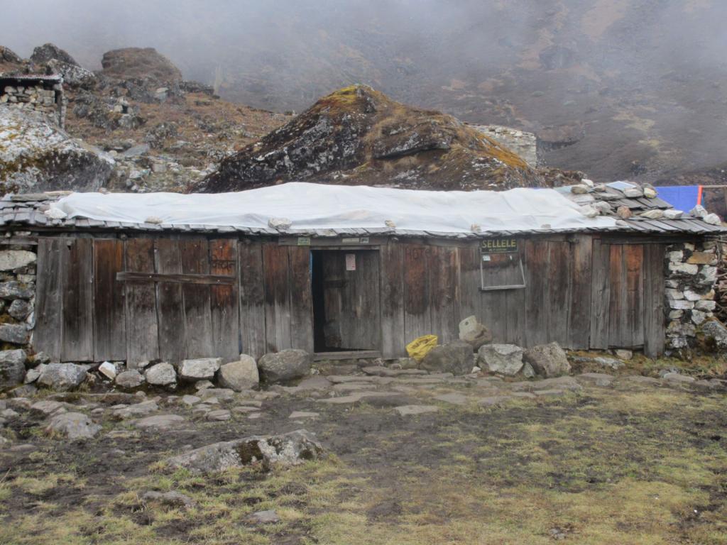 Sele-Le-Pass-Kanchenjunga
